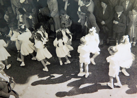 1952 My first time dancing.