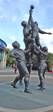 2019 Twickenham statue - Ann