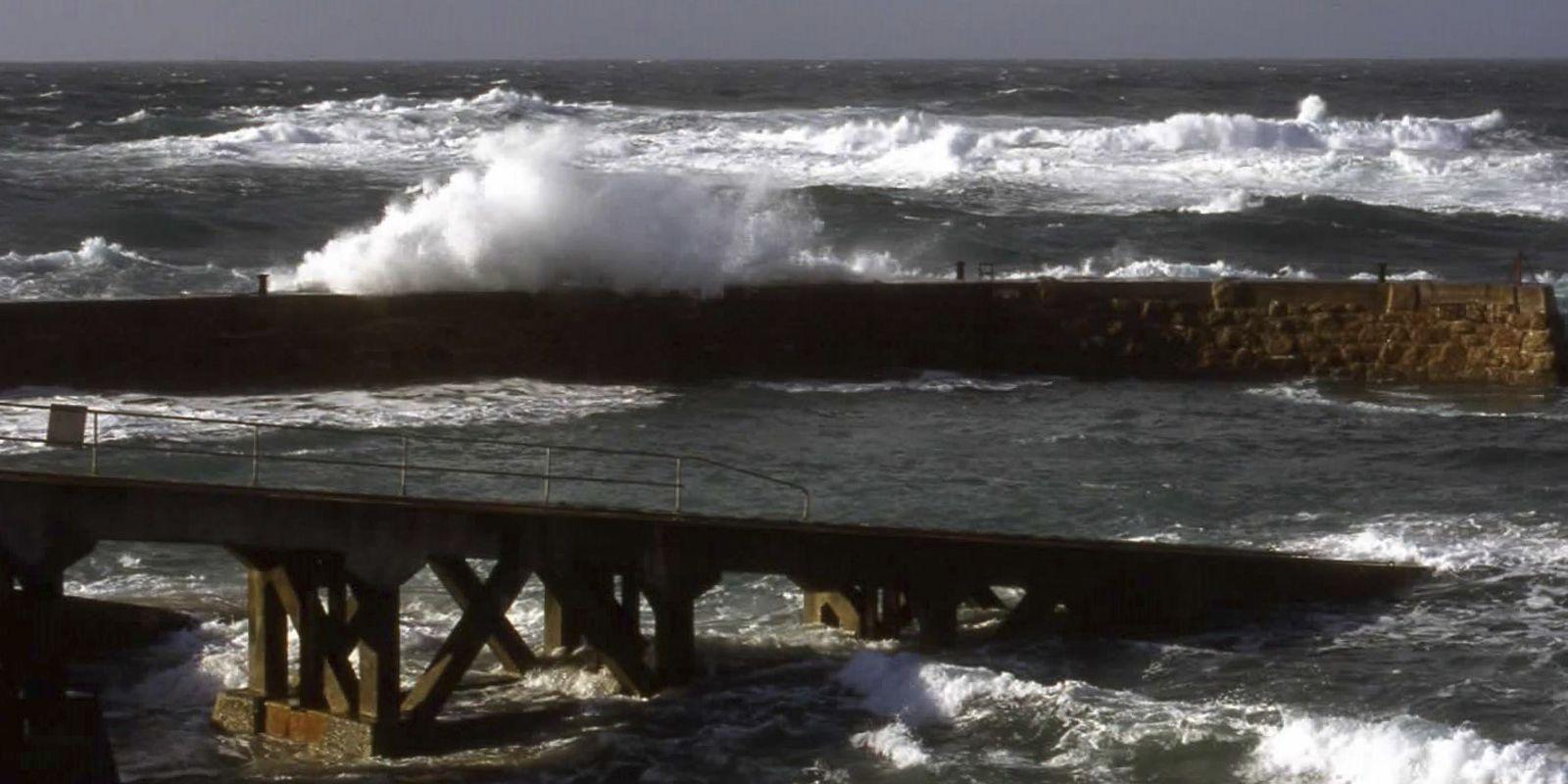 Stormy Seas - Raymond