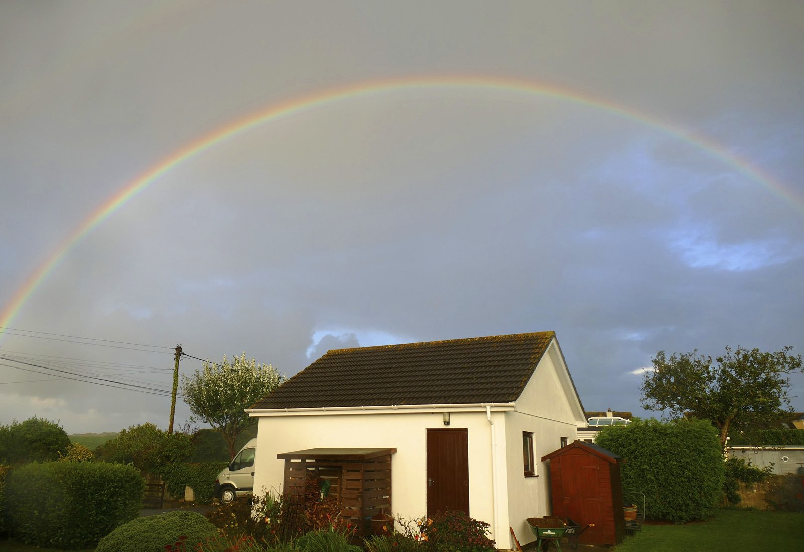 Somewhere over the garden - Ann Glinn