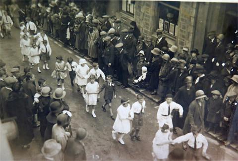 1922 Meneage Street. First Children's Dance.