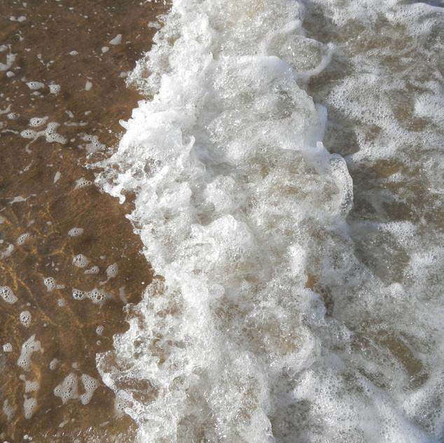 A bit of foam - Maru.JPG