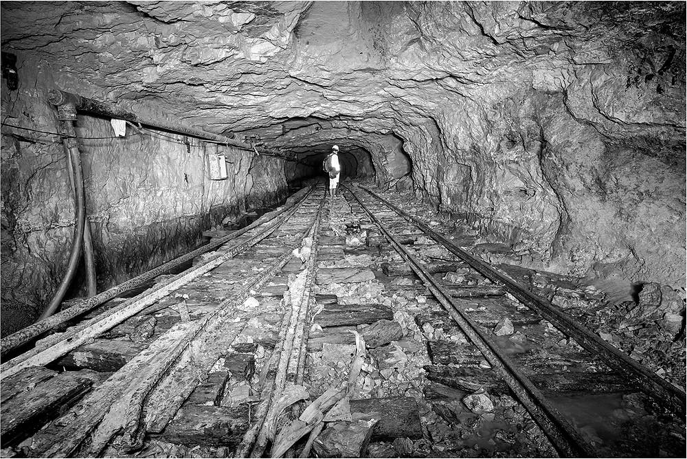 1st Mono - Tunnel Vision - Keith Russ.jpg