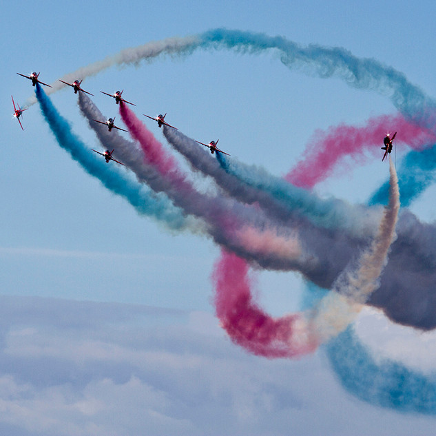 A Cornish event - Red Arrows - Victor.jp