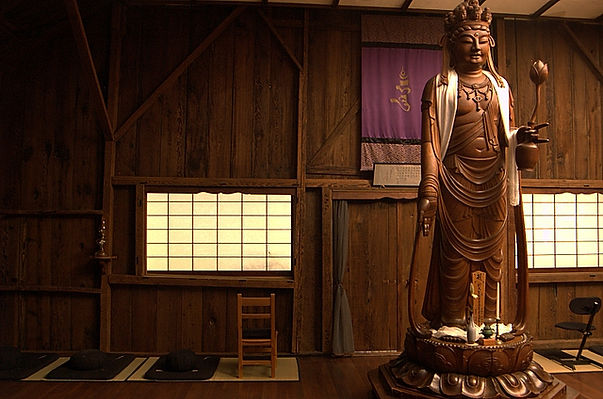Kanzeon statue in Sonoma Mountain Zen Center zendo
