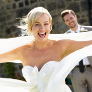 bride_arms_wide