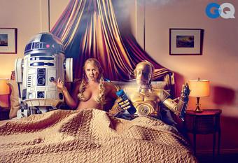 Amy Schumer brinca com fantasia sexual dos geeks