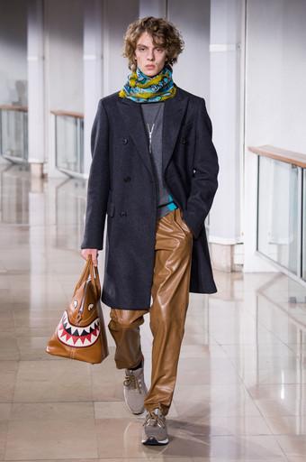 Hermès põe humor na tradicional bolsa Boldie