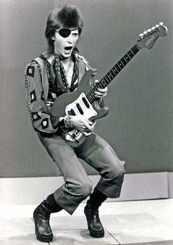 Bowie em: a arte de ser incomum