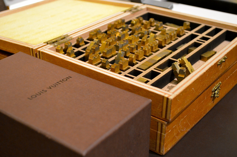 Iniciais_Louis Vuitton 6.jpg