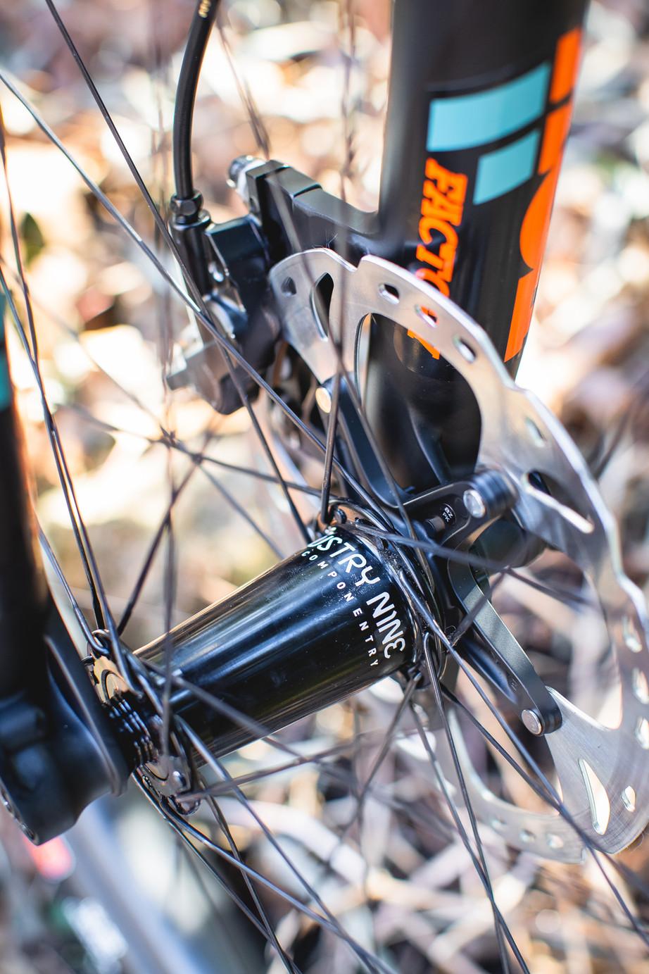 Wix - Bicycles - Bikes - Ibis Mojo 3-4.j