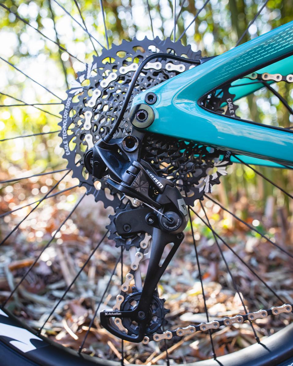 Wix - Bicycles - Bikes - Ibis Mojo 3-11.