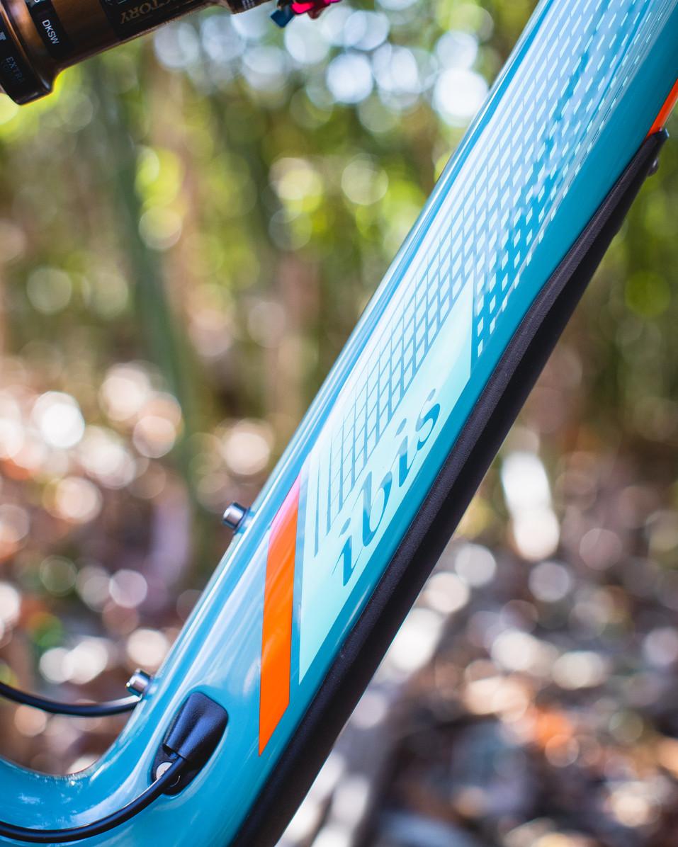 Wix - Bicycles - Bikes - Ibis Mojo 3-8.j