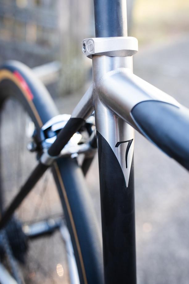 Wix - Bicycles - Bikes - Seven 622SX-7.j