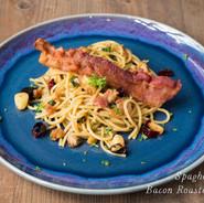 Spicy Bacon Roasted Garlic Pasta