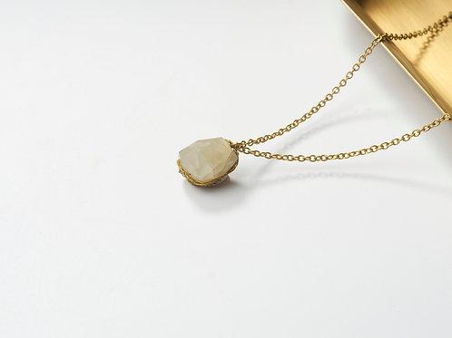 Stone Necklace (Moon Stone)