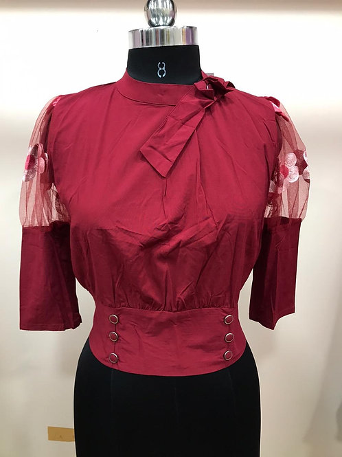 Sleeve embroidery top