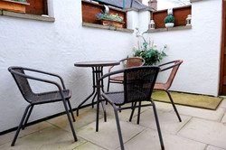 Park View Cottage Afonwen patio area