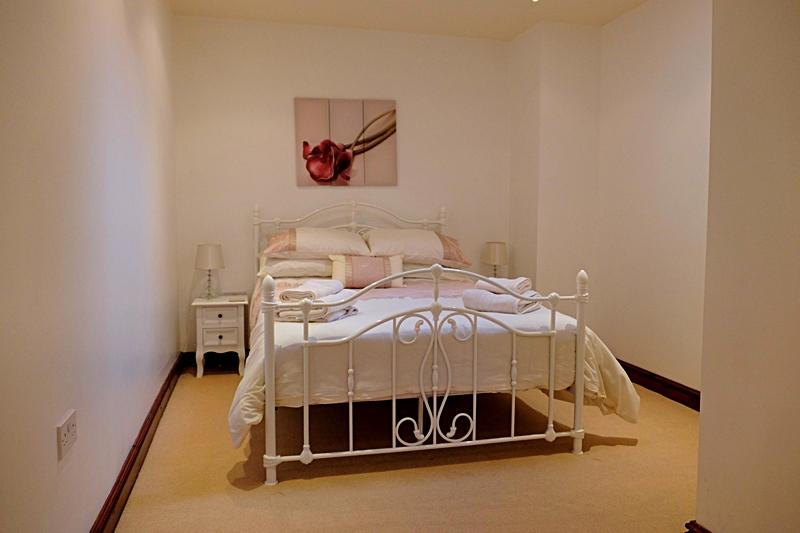 Double bedroom Summerhill Court