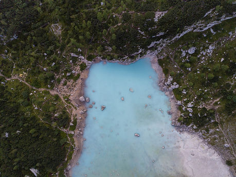 lago sorapis drone