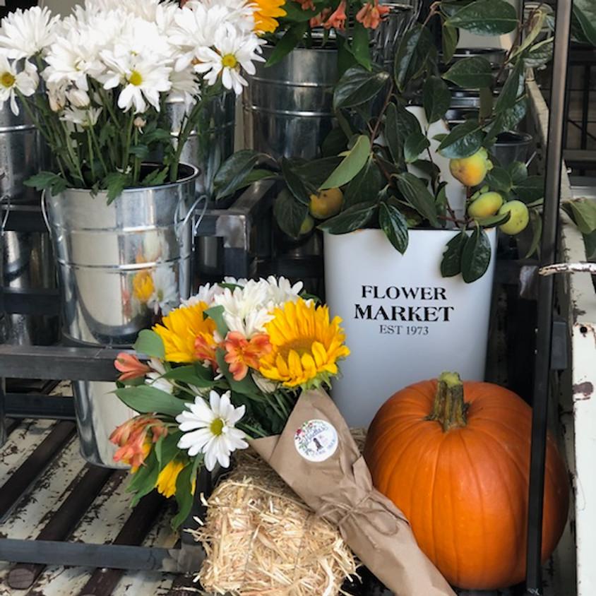 Fall Vintage Flea Market @ The Primitive Barn   (1)