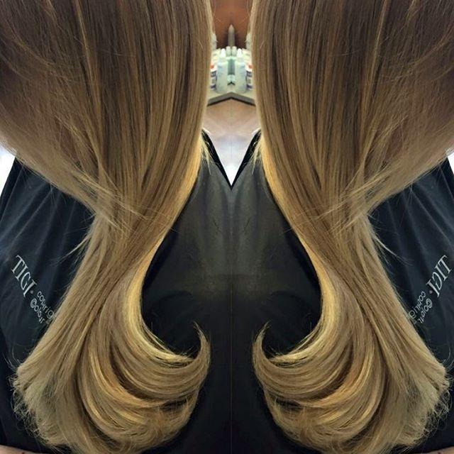 Happy Hair Day people, have a great Tuesday. Get your appointments in before Christmas and New Year