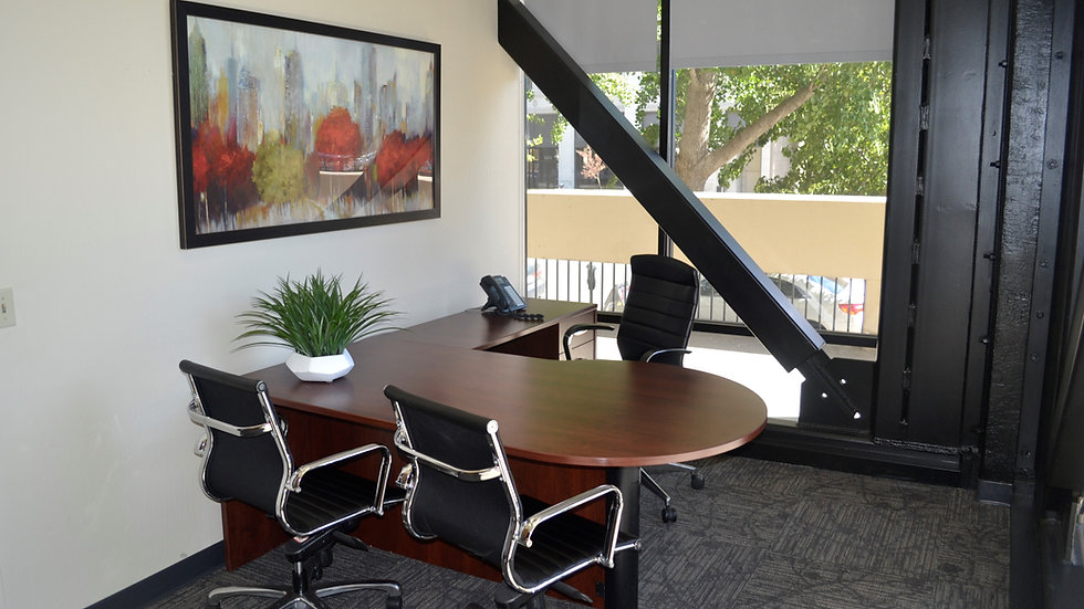 Large Corner Office #217