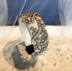 Bridal headband style