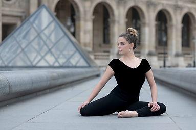 Lucile au Louvre-4946.jpg