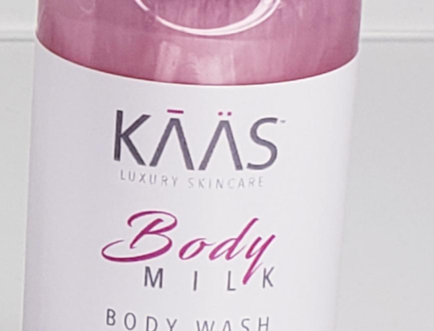 Strawberries & Cream Body Wash 2oz