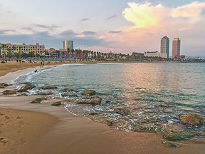 Playa Barcelona torres_edited.jpg