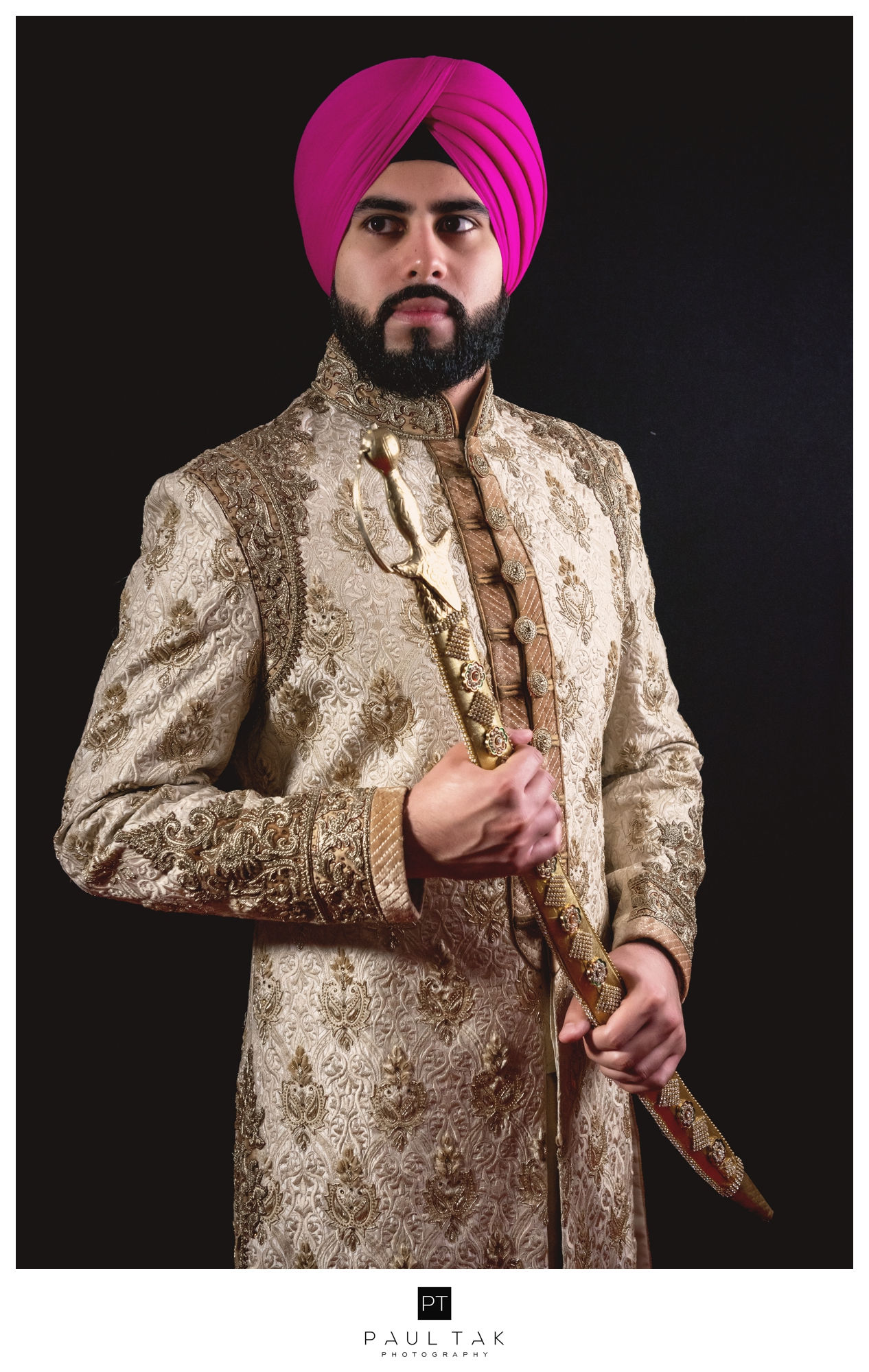 sikh groom pose