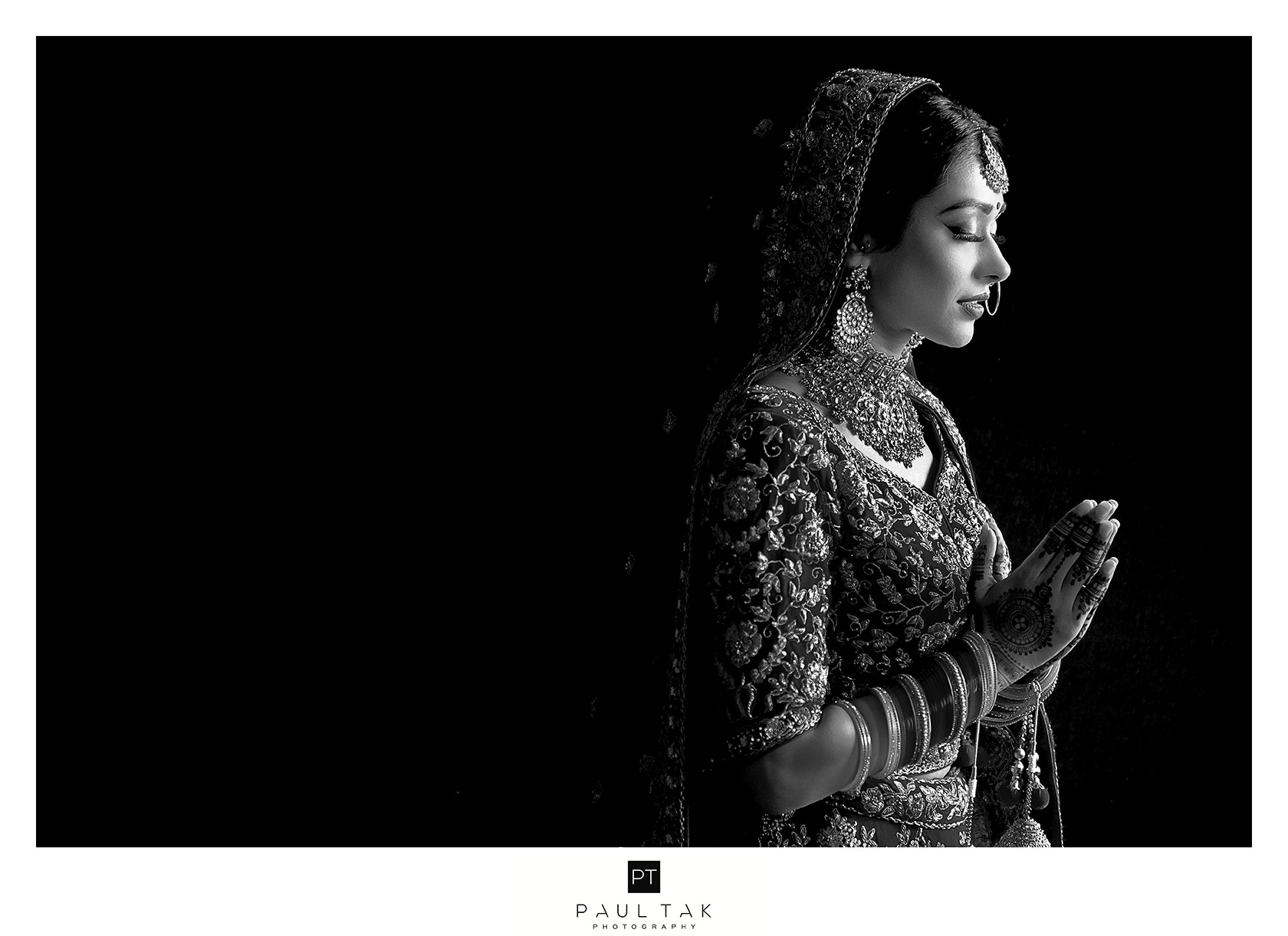 prayer Asian wedding photography