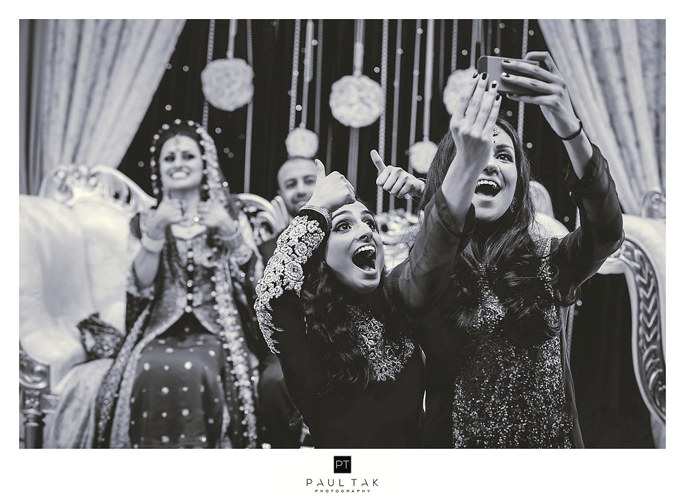 selfi muslim wedding photography