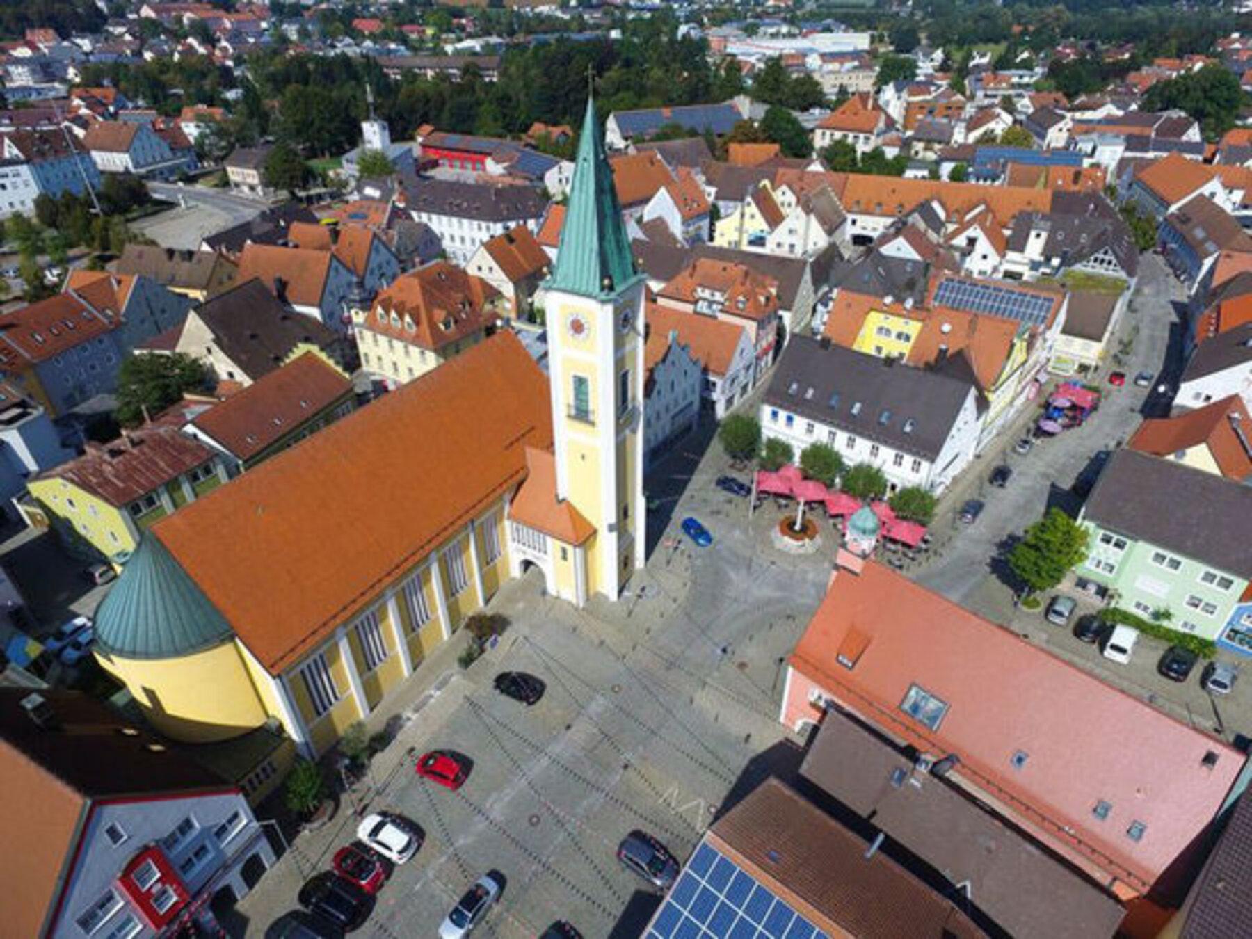Stadtpfarrkirche_Tobias-Bayer_reference