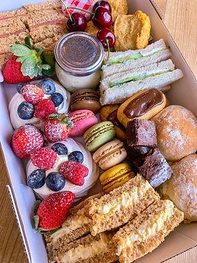 afternoon tea box.jpg