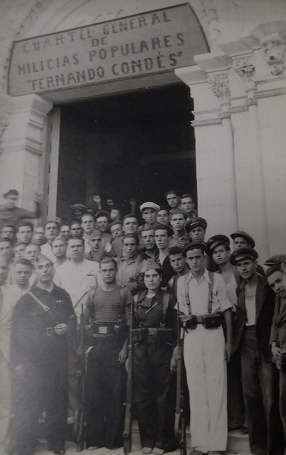 Enlisting in the Spanish Civil War - including a female volunteer (front)