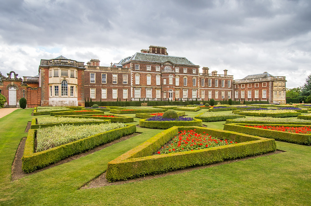 Wimpole Hall National Trust owned mansion, part 17th Century but mainly 18th Century. Grade I listed.