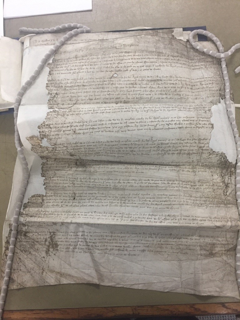 Above is the Cordwainers' of London's petition (Catalogue reference: TNA, SC 8/20/998) to the Merciless Parliament of 1388. There is a transcription of this petition available in Rob Ellis, 'Verba Vana: Empty Words in Ricardian London, Vol. II' (Unpublished PhD thesis, Queen Mary, University of London, 20). I used the transcription available here to practice both my palaeography and language skills in the early stages of my PhD.