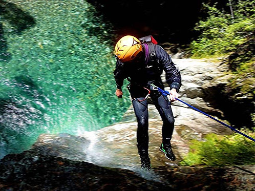 Canyoning Experience Weekend per 2