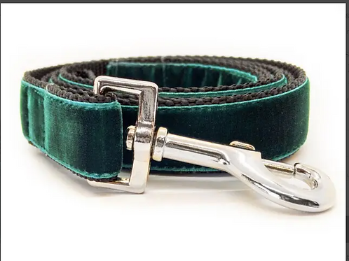 Emerald Leash