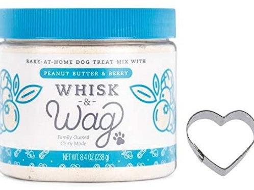 Cincinnati's Whisk & Wag Peanut Butter & Berry Treat Mix