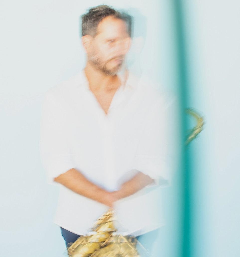 geoffrey-secco-saxophoniste-concert-sous-hypnose-coaching-pour-musicien.jpg