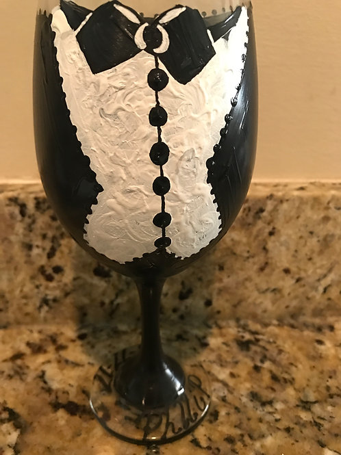 GROOM OR GROOMSMEN wine glass