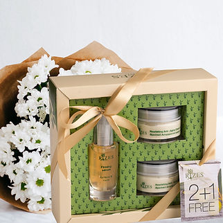 rizes crete gift set with face care products