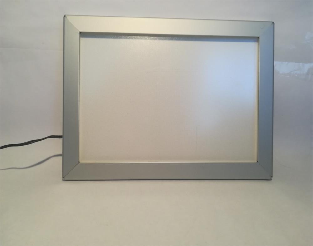 Šviečiantis rėmelis - LED Thinlite, išjungtas iš elektros, rodomas produkto priekis