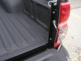 pick up camioneta con caja protegida recubrimiento poliurea