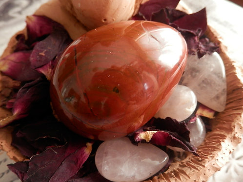 Gardienne de la Terre - œuf en Jaspe Rouge - grand & Guide Découverte