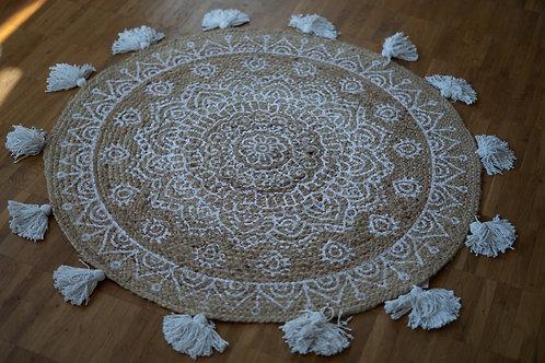 runder Boho Teppich mit Quasten zum Verleih