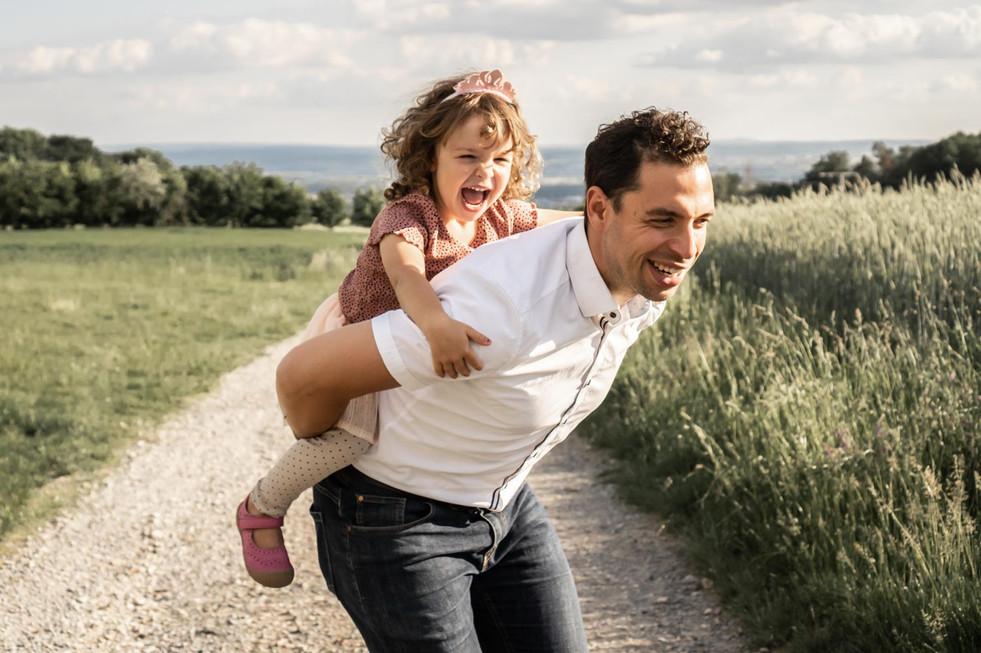 authentische Fotos von Vater & Tochter